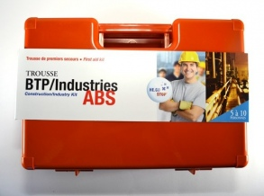 Illustration TROUSSE PREMIERS SECOURS BTP / INDUSTRIES ABS HE.CO STOP