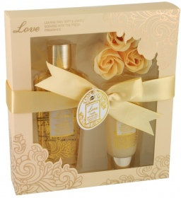 Illustration Coffret de Bain - Love Vanilla - 5 Pcs